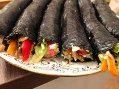 Improved Raw Vegan Sushi > No Cauliflower rice Raw Sushi, Vegan Sushi, Raw Vegan, Rice Substitute, Sushi Night, Sushi Recipes, Cauliflower Rice, Carrots, Vegetables