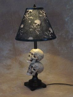 Details about Mini Skull Desk Lamp bone shade Halloween Prop Skulls - Everything SKULLS - Gothic Skull Decor, Skull Art, Skull Bedroom, Skull Furniture, Gothic Furniture, Desk Lamp, Table Lamp, Room Lamp, Halloween Prop