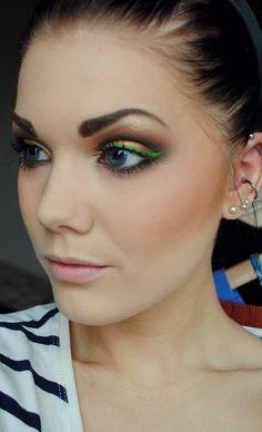 Copper Eyeshadow with Vivid Green Eyeliner <3