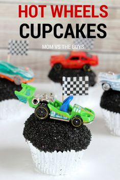 Hot Wheels birthday party cupcakes
