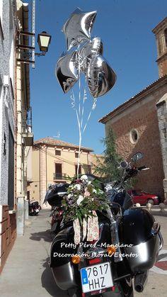 decoración de moto para boda