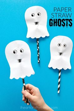 Simple and easy paper ghost craft for kids, fun Halloween ghost craft, Halloween paper crafts, Halloween crafts for kids and easy paper crafts.