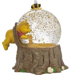 Precious Moments Disney Showcase Winnie the Pooh Musical Snow Globe For the Love of Hunny Resin and Glass Figurine