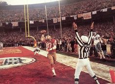 Best Football Players, Football Is Life, School Football, Football Team, Sf Niners, Forty Niners, San Francisco Football, Nfl Hall Of Fame, Nfl 49ers
