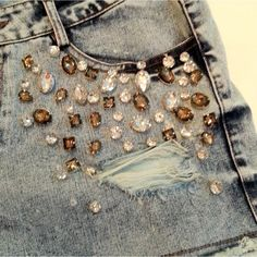 short-jeans-bordado-pedrarias_iZ4XvZxXpZ2XfZ131979367-8142562210-2.jpgXsZ131979367xIM                                                                                                                                                                                 Mais