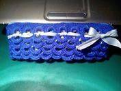 Estuche hecho con anillas de las latas de refresco  #crochet #ganchillo #handmade  https://www.facebook.com/ovilladans/