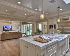 Traditional Open Kitchen Design, Pictures, Remodel, Decor and Ideas - page 31