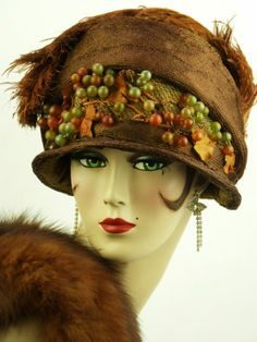 VINTAGE HAT ORIGINAL 1910-1920s CLOCHE, RUST SISAL, OSTRICH FEATHERS & GRAPES | eBay