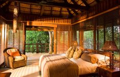 African Phinda Vlei Lodge, South Africa Business Wear News You Can Use The transition to business we Most Luxurious Hotels, Luxurious Bedrooms, Hunting Lodge Decor, Rustic Bedroom Design, African Interior, Thatched House, House In Nature, Luxury Tents, Lodge Style