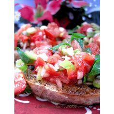 Sevilla Tapas Salad. Muy saludable y no puedo esperar a probarlo.