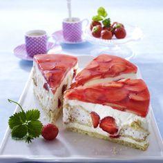 Erdbeer-Traumtorte Rezept | LECKER