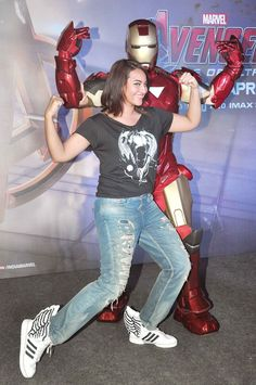 Sonakshi Sinha was in full 'Avengers' mode at the screening of 'Avengers: Age of Ultron'-