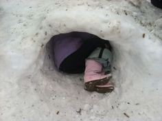 Hibernating! Snow Cave