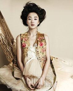 Vogue Korea    Soo Ae transforms into a lovely South Korean princess for her photo shoot for Vogue Korea. The actress portrays a delicate, lonely image throughout the photo shoot, wearing modern, traditional Korean dresses.