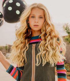 Preteen Girls Fashion, Tween Girls, Girl Fashion, 13th Birthday Parties, Teen Birthday, Girl Photo Shoots, Child Models, Children Photography, Fashion Addict
