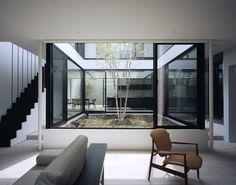 Shift by Apollo Architects and Associates in Tokyo. Photographer: Masao Nishikawa