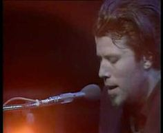 ▶ Tom Waits - Tom Traubert's Blues - 1977 - YouTube