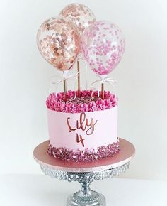 Balloons & Cake 🎂🎈 Let us know in the comment section below if you love this combo ♥️😍 Visit our link in bio for partyware and cake bake supply! DIY section coming soon Beautiful Birthday Cakes, Beautiful Cakes, Amazing Cakes, Drip Cakes, Pretty Cakes, Cute Cakes, Fondant Cakes, Cupcake Cakes, Bolo Laura