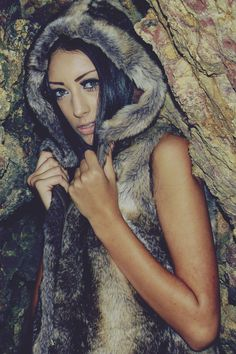Amelia Jane (amelia jane photography vintage girl woman brunette fur tree outside)