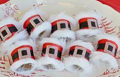 DIY Santa Napkin Rings DIY Santa Belt Decoration — Santa belt napkin rings from Jane at Cottage At The Crossroads. Santa Crafts, Christmas Paper Crafts, Christmas Projects, Holiday Crafts, Christmas Ideas, Christmas Games, Christmas Table Settings, Christmas Decorations, Table Decorations