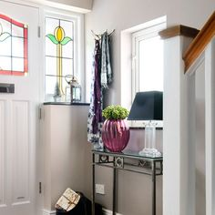 Traditional hallway pictures and photos for your next decorating project. Find inspiration from of beautiful living room images Hallway Decorating, Interior Decorating, Interior Design, Small Hallway Furniture, 1930s Hallway, Edwardian Hallway, 1930s Decor, Hallway Pictures, Hallway Designs