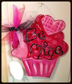Valentine door hanger valentine por Furnitureflipalabama en Etsy