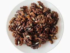 Amber Walnut Kernels for sale & wholesale , Amber Walnut Kernels manufacturers | Suguo International Walnut Kernels, Edible Oil, How To Make Oil, Amber Color, Almond, Food, Essen, Almond Joy, Meals