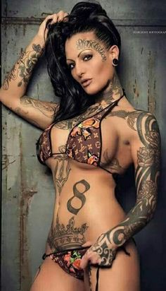 Gorgeous nude mature women