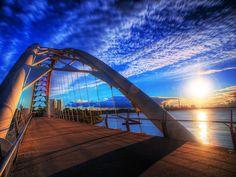 Walk or bike over the Humber Bay Arch Bridge in #Toronto ON.