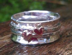 Little Sweetheart wide band spinning ring worry ring by BreigeKing
