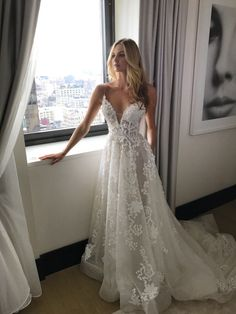 Inspiration Robe du Mariage: Explanation Pallas Couture wedding dress: www. Inspiration Robe du Mariage: Explanation Pallas Couture wedding dress: www. Tulle Wedding Dresses, Long Gown For Wedding, V Neck Wedding Dress, Wedding Dresses With Straps, Princess Wedding Dresses, Bridal Gowns, Wedding Gowns, Lace Wedding, Elegant Wedding