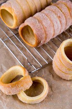 Sweet Recipes, Cake Recipes, Dessert Recipes, Köstliche Desserts, Delicious Desserts, Puff And Pie, Biscuits, Czech Recipes, Street Food