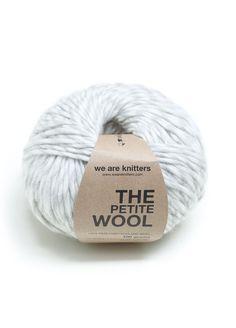 100% Petite Peruvian Wool Spotted grey
