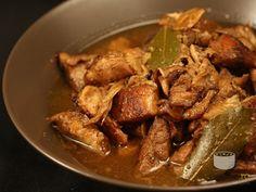 Tocanita filipineza de porc si pui