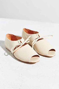 Fiel Blas Peep Toe Flat - Urban Outfitters