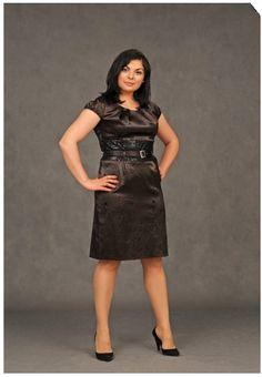 Модная одежда для полных женщин 2012 - 60 фото! Leather Skirt, Skirts, Women, Fashion, Curves, Moda, Leather Skirts, Fashion Styles, Skirt