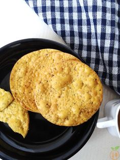 Besan Puri Recipe is basically a Crispy gram flour Indian Bread. There are lots of varieties in snacks especially made from gram flour. Gram Flour is a KING Bread Sandwich Recipe Indian, Indian Bread Recipes, Sandwich Recipes, Flour Recipes, Cooker Recipes, Recipes With Gram Flour, Puri Recipes, Indian Cookbook, Fried Fish Recipes