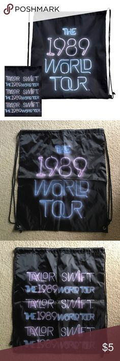 ✨Taylor Swift 1989 World Tour Drawstring Bag✨ This is a brand new drawstring bag from Taylor Swift's 2015-2016 1989 World Tour!! Makes a great bag for picnics, beach trips, or concerts!! Taylor Swift Bags Backpacks