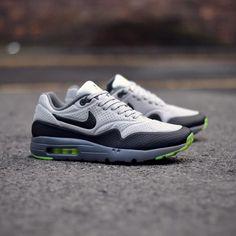 Nike Air Max 1 Ultra Moire: Wolf Grey/Black