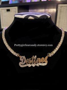 Add any name . #necklace Luxury Jewelry, Custom Jewelry, Pairs, Chain, Handmade, Accessories, Fashion, Moda, Hand Made