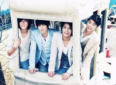CNBLUE ♡ Jung Yong-hwa , Lee Jong-hyun, Lee Jung Shin and Kang Min-hyuk // Blue Love // 2nd Mini Album