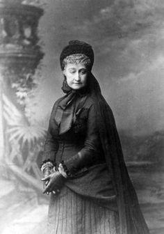 L'impératrice Eugénie en deuil 1880a - Eugénie de Montijo — Wikipédia