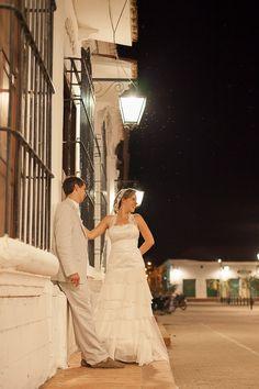 Wedding, Boda en la playa, Este es uno mas de los eventos que cubrieron los fotógrafos de Agustin Bedoya, una gran pareja, un gran evento… www.agustinbedoya.com Fotografos de Bodas en Mompox-Colombia