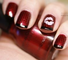 red fishnet nails with kiss Valentine's Day : nail art : manicure Get Nails, Fancy Nails, Love Nails, Kiss Nails, Red Valentine, Valentine Nail Art, Fabulous Nails, Gorgeous Nails, Pretty Nails