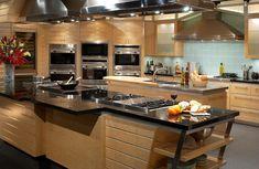 Kitchen decor, kitchen decor ideas, home decor ideas, kitchen inspirations, modern kitchens for more inspirations: http://www.bocadolobo.com/en/inspiration-and-ideas/