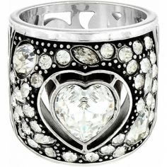 LOVE LOVE LOVE THIS!    Ecstatic Heart Ring available at #BrightonCollectibles