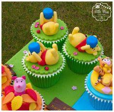 VEM VER 48+ Ideias de Cupcake Ursinho Pooh #Receitas #Ideias #Decoração #Cupcake #Ursinho #Pooh Winnie The Pooh Cake, Winnie The Pooh Birthday, Winnie The Pooh Friends, Disney Winnie The Pooh, Baby Shower Cakes, Baby Shower Brunch, Miss Cupcake, Cute Cupcakes, Birthday Cake Decorating
