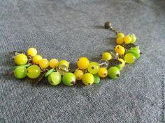 """Купить Ягодный браслет из полимерной глины """"Крыжовник"""" - ярко-зеленый, зеленый, браслет"""