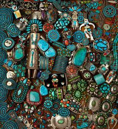 Turquoise Jewelry Native American Dozens of photos of hundreds of turquoise pieces. A surfeit of eye candy! Ethnic Jewelry, Boho Jewelry, Jewelery, Navajo Jewelry, Gold Jewellery, Silver Jewelry, Silver Rings, Pierre Turquoise, Coral Turquoise