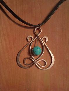 """""""Celtic Tulip"""" pendant www.facebook.com/hellessia"""